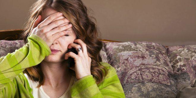 استخدام الهاتف أكثر من 5 سعات يؤدى للسمنة و ضوء الشاشة يسبب اضطراب في ساعات النوم